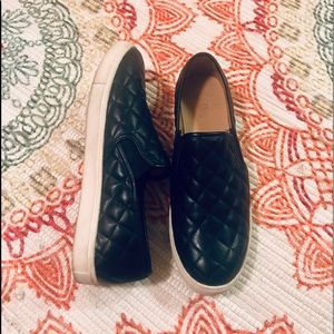 Black Quilted Slip-ons Sz 11